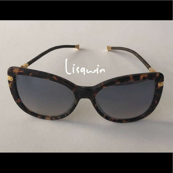c0b6e1d88166 Louis Vuitton Accessories - 💯%Authentic Louis Vuitton Monogram Sunglasses  😎